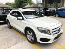 2016 MERCEDES-BENZ GLA GLA200 GLA180 AMG Edition Turbocharged 7G-DCT Memory Seat Smart Entry Push Start Button Paddle Shift Steering Automatic Power Boot Intelligent LED Pre Crash Bluetooth Connectivity Unreg