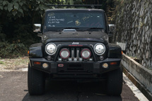 2014 JEEP WRANGLER SAHARA 2 DOOR / RUBICON STICKER / REVERSE CAMERA / SIDE CAMERA / ROOF RACK