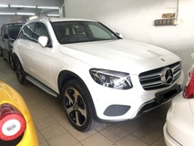 2017 MERCEDES-BENZ GLC GLC200 2.0 Turbocharged 9G-Tronic Original 17k KM Full Service Records Under Warranty by Mercedes Benz Malaysia until NOV 2021 Guaranteed Accident Free Tip Top Condition