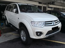2014 MITSUBISHI PAJERO SPORT 2.5 TRUE YEAR MADE NO SST Diesel Turbo 30k km Mileage only Full Service Under Warranty 2020