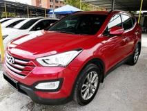 2013 HYUNDAI SANTA FE 2.4GLS Petrol  7 Seats 4WD SUV  (Serdang Raya auto City Lot 8 )