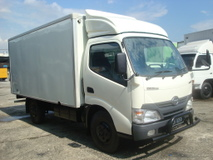 2013 HINO WU 640 HIGH SPEC 13FEET BOX WU640