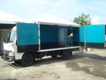 2013 HINO WU 640 HIGH SPEC 13FEET BOX WU640