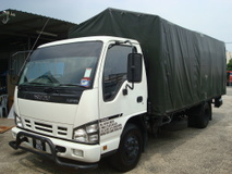 2017 ISUZU NPR 66 UPH 17FEET CANVAS TAILLIFT