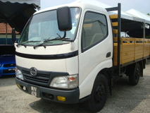 2011 HINO WU 300 10FEET NEW CARGO