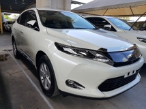 2016 TOYOTA HARRIER 2.0 Surround camera Power boot Unregistered