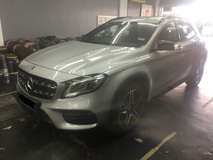2017 MERCEDES-BENZ GLA 250 4MATIC 8K MIL  (A) LIKE NEW