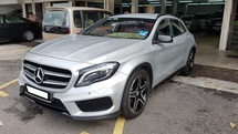 2015 MERCEDES-BENZ GLA GLA250 2.0cc 4 MATIC (A) REG 2105, ONE CAREFUL OWNER, FULL SERVICE RECORD, LOW MILEAGE DONE 38K KM, UNDER WARRANTY UNTIL AUGUST 2019, POWER BOOT, 19