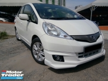 2015 HONDA JAZZ  hybrid 1.3 full service under warranty