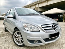 2011 MERCEDES-BENZ B-CLASS  B180 1.7 FULON 1 LADY OWNER