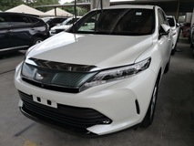 2017 TOYOTA HARRIER 2.0/FACELIFTED /PRE CRASH /PANORAMIC ROOF /UNREG