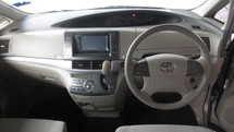 2010 TOYOTA ESTIMA 2.4 AT 2POWER DOORS, REVERSE CAMERA
