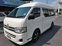 2011 TOYOTA HIACE HIGH ROOF WINDOW VAN 2.5(M) - 11 SEATER / DVD PLAYER