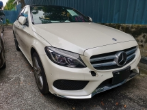 2015 MERCEDES-BENZ C-CLASS C200 AMG WITH PANAROMIC ROOF/FULL LEATHER/HEAD UP DISPLAY - UNREG