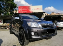 2016 TOYOTA HILUX 2.5 MT VNT Intercooler,1 Malay owner