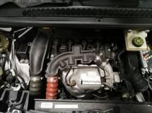 Peugeot 5008 1.6 turbo half cut