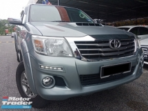 2017 TOYOTA HILUX DOUBLE CAB 2.5G (AT)  VNT(A)100% SUPER CONDITION