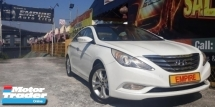 2013 HYUNDAI SONATA 2.0 ( A ) DOHC 16V EXECUTIVE PLUS !! GLS EDITION !! NEW FACELIFT !! PREMIUM HIGH SPECS COMES WITH PUSH START SUNROOF MOONROOF AND ETC !! ( VXX 6382 ) 1 CAREFUL OWNER !!