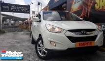 2012 HYUNDAI TUCSON 2.0 ( A ) GLS CROSSOVER !! L4 DOHC 16 VALVE !! 2WD SUV !! PREMIUM HIGH SPECS THAT COMES WITH SUNROOF MOONROOF AND ETC !! ( WXX 2068 ) 1 CAREFUL OWNER !!