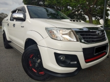 2017 TOYOTA HILUX 2.5 TRD (A)100% CARKING 100%NEW