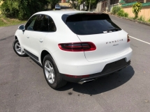 2016 PORSCHE MACAN 2.0 360 CAM BLACK AND RED INT LAST UNIT