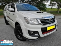 2015 TOYOTA HILUX DOUBLE CAB 2.5G (AT) TRD SPEC CANOPY 4X4 4WD WARRANTY ONE YEAR