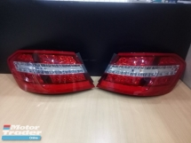 MERCEDES BENZ E200 2009Y W212 TAIL LAMP Half-cut