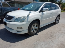 2005 TOYOTA HARRIER 3.0 (A)