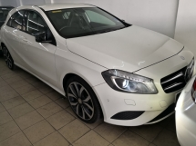2014 MERCEDES-BENZ A-CLASS A200 CBU TRUE YEAR MADE 2014 NO SST FREE 1 YEAR WARRANTY Mil 35k Full Service C and C