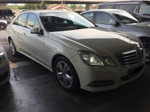 2011 MERCEDES-BENZ E-CLASS E250 AVANTGARDE Panaromic Roof Power Boot CKD
