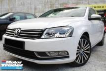 2011 VOLKSWAGEN PASSAT Volkswagen PASSAT 1.8 TURBO (A) TSi LEATHER SEAT CAMRY ACCORD