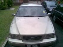 2000 VOLVO V70 2.0T