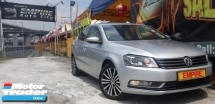 2014 VOLKSWAGEN PASSAT  1.8 ( A ) TSI TURBO !! SPORT EDITION !! PREMIUM HIGH SPECS THAT COMES WITH PUSH START PADDLE SHIFT AND ETC !! NEW FACELIFT !! ( WX 199 X ) 1 CAREFUL OWNER !!