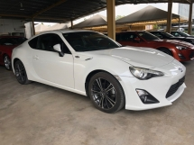 2015 TOYOTA 86 2.0 6 Speed Manual (M) Boxer D-4S 200hp LSD VSC Sport Mode Smart Entry Push Start Button HVAC Bucket Seat Intensity Discharged LED Zone Climate Control Twin Exhaust Reverse Camera Unreg