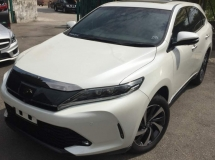 2017 TOYOTA HARRIER 2.0
