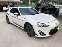 2014 TOYOTA 86 GT 2.0 NA Boxer D-4S 200hp 6 Speed LSD VSC Sport Mode Smart Entry Push Start Button Paddle Shift Steering HVAC Bucket Seat Intensity Discharged LED Zone Climate Control Twin Exhaust Reverse Camera Unreg