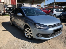 2011 VOLKSWAGEN POLO 1.6 AT SEDAN