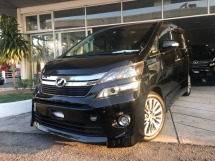 2014 TOYOTA VELLFIRE 2.5 Z Golden Eye II SUNROOF,ALPINE MUST VIEW UNIT BEST IN TOWN PROMOTION