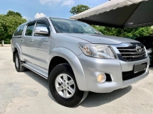 2013 TOYOTA HILUX DOUBLE CAB 2.5 G (A) 4x4 PICK UP CAR KING