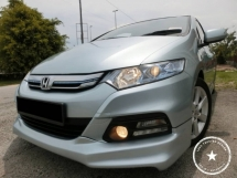 2012 HONDA INSIGHT HYBRID /1 LADY OWNER / FULL SERVICE HONDA / F-LOAN / WEEKEND CAR