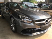 2017 MERCEDES-BENZ SL-CLASS  SLC300 2.0T 245HP AMG CONVERTIBLE PARANOMIC ROOF