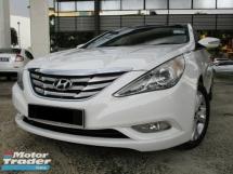 2011 HYUNDAI SONATA 2.4 GLS Premium AccFree
