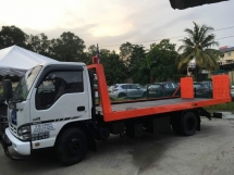 2013 ISUZU NPR 7 1 UPHT  TOWING