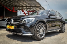 2016 MERCEDES-BENZ GLC 250 4Matic AMG 2.0 Under Warranty
