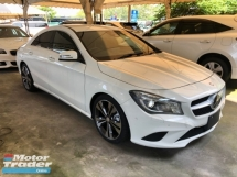2015 MERCEDES-BENZ CLA CLA200 CLA180 Turbocharged 7G-DCT Distronic PLUS Bi-Xenon Intelligent Multi Function Paddle Shift Steering Reverse Camera Bluetooth Connectivity Unreg