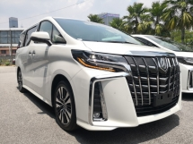 2018 TOYOTA ALPHARD 2.5 SC TRIPLE EYES LED FULL SPEC