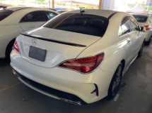 2017 MERCEDES-BENZ CLA 180 AMG sport package memory seat precrash unregistered