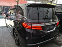2014 HONDA ODYSSEY 2.4 i-VTEC ABSOLUTE LIMITEDUnreg 2014  Burgundy Black Sapphire Color Unreg 2014  *** Raya Promotion ***