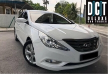 2013 HYUNDAI SONATA 2.0 Full Spec Sunroof  Leather One Owner Low Mileage Like New Car