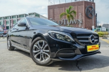 2015 MERCEDES-BENZ C-CLASS C200 Avantgarde Low Mileage
